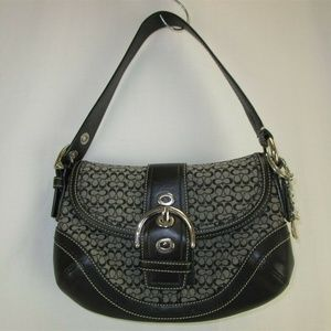 Coach Signature Leather Shoulder Handbags / Purses